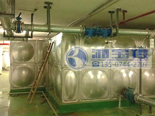大型不锈钢异形水箱